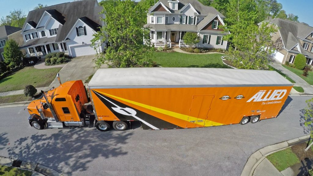 Orange Colored Long Allied Truck for Moving and Storage