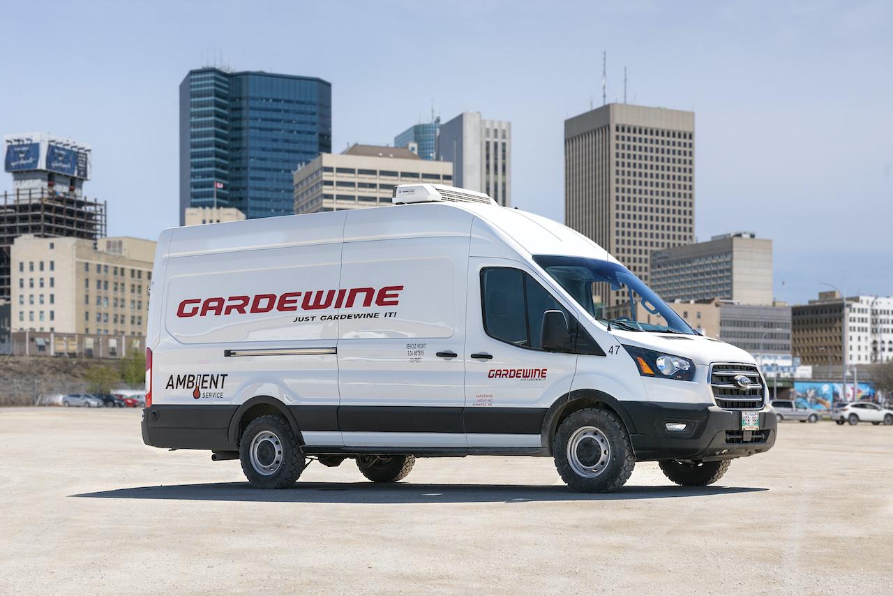 Gradewine's White Colored Small Sized Loading Van
