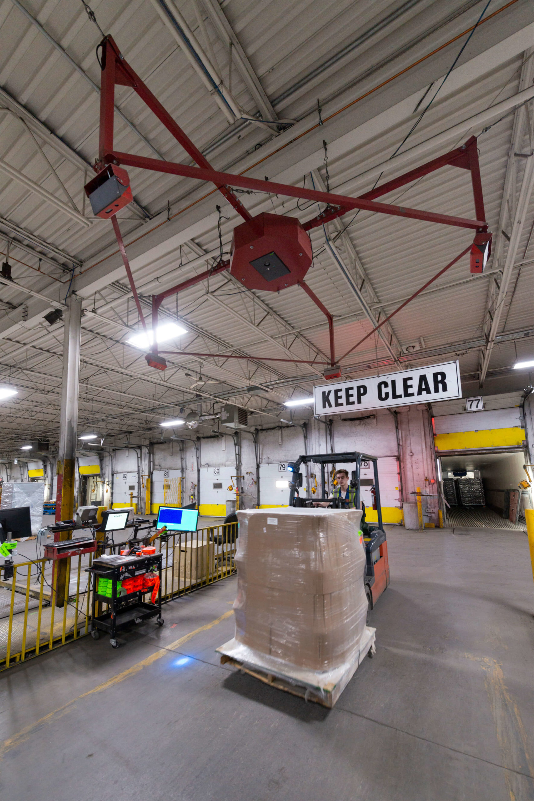 Keep Clear for Scanning & Scale Technology to Capture Shipment Size